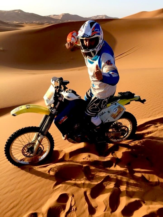Carlitos en las puertas de desierto